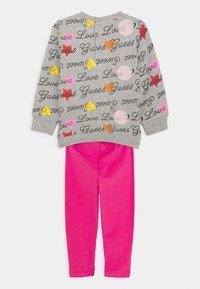 Guess - ACTIVE SET - Sweatshirt - pink - 1