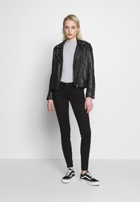 Noisy May - NMEVE JEANS - Jeans Skinny Fit - black - 1