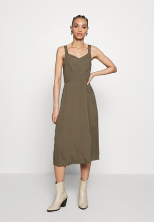 VMSIMPLY EASY STRAP CALF DRESS - Day dress - ivy green
