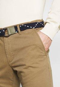 Teddy Smith - PALLAS - Chino kalhoty - bois brun - 3