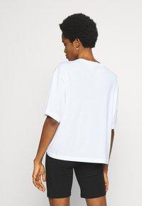 Weekday - ALBERTA - Print T-shirt - white - 2