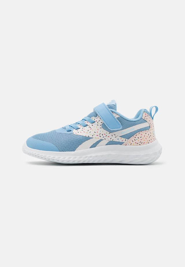 RUSH RUNNER 3.0 UNISEX - Obuwie do biegania treningowe - white/glass blue/glass pink