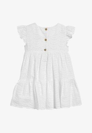 WHITE TIERED BRODERIE DRESS (3MTHS-7YRS) - Korte jurk - white