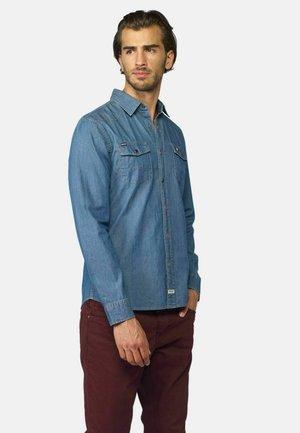Camisa - azul claro