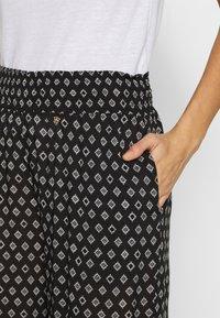 Brunotti - DELILAH WOMEN PANTS - Pyžamový spodní díl - black - 4