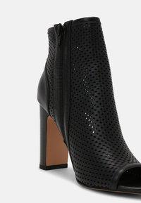 Anna Field - LEATHER - Kotníková obuv na vysokém podpatku - black - 7