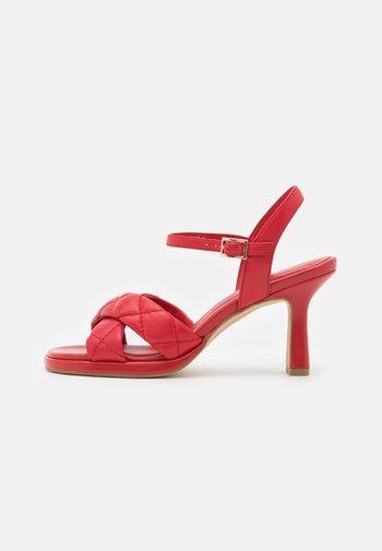 Sandales - savana rosso
