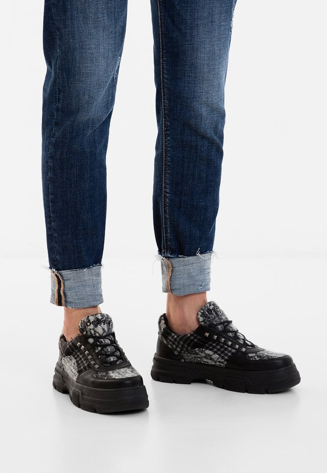 THOMAS - Sneakers laag - black