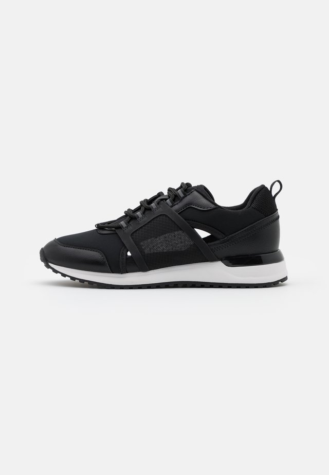 SARACEN - Trainers - black