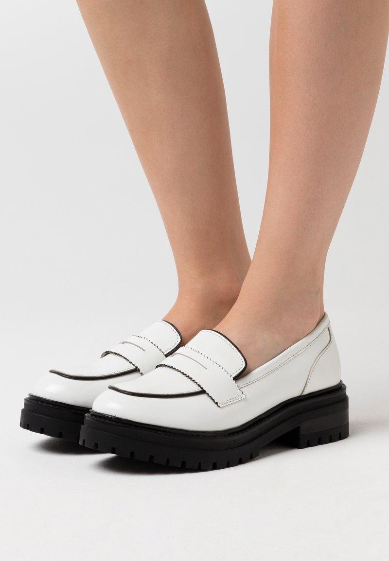 Zign - Slip-ons - white