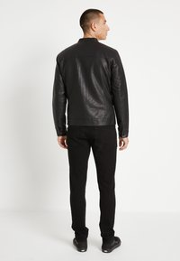 Only & Sons - ONSMIKE RACER - Giacca in similpelle - black - 3