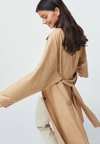 OYSHO - Trenchcoat - beige - 5