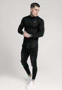 SIKSILK - TECH CUFF - Shirt - black - 1