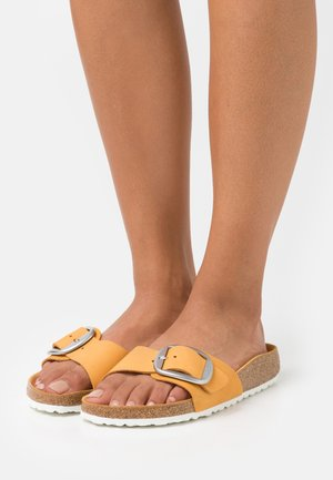 MADRID BIG BUCKLE - Mules - apricot