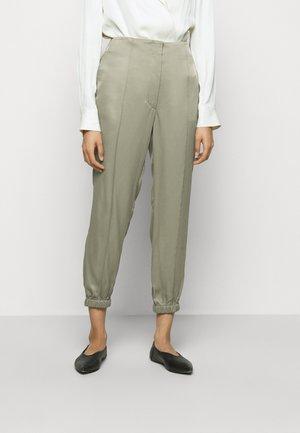 GHOST JOGGER  - Teplákové kalhoty - khaki