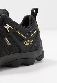 Keen - VENTURE WP - Hiking shoes - black/yellow - 5