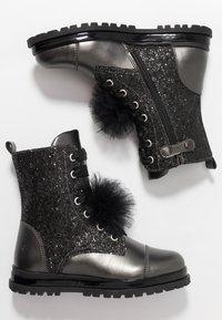Primigi - Šněrovací kotníkové boty - asfalto/nero - 0