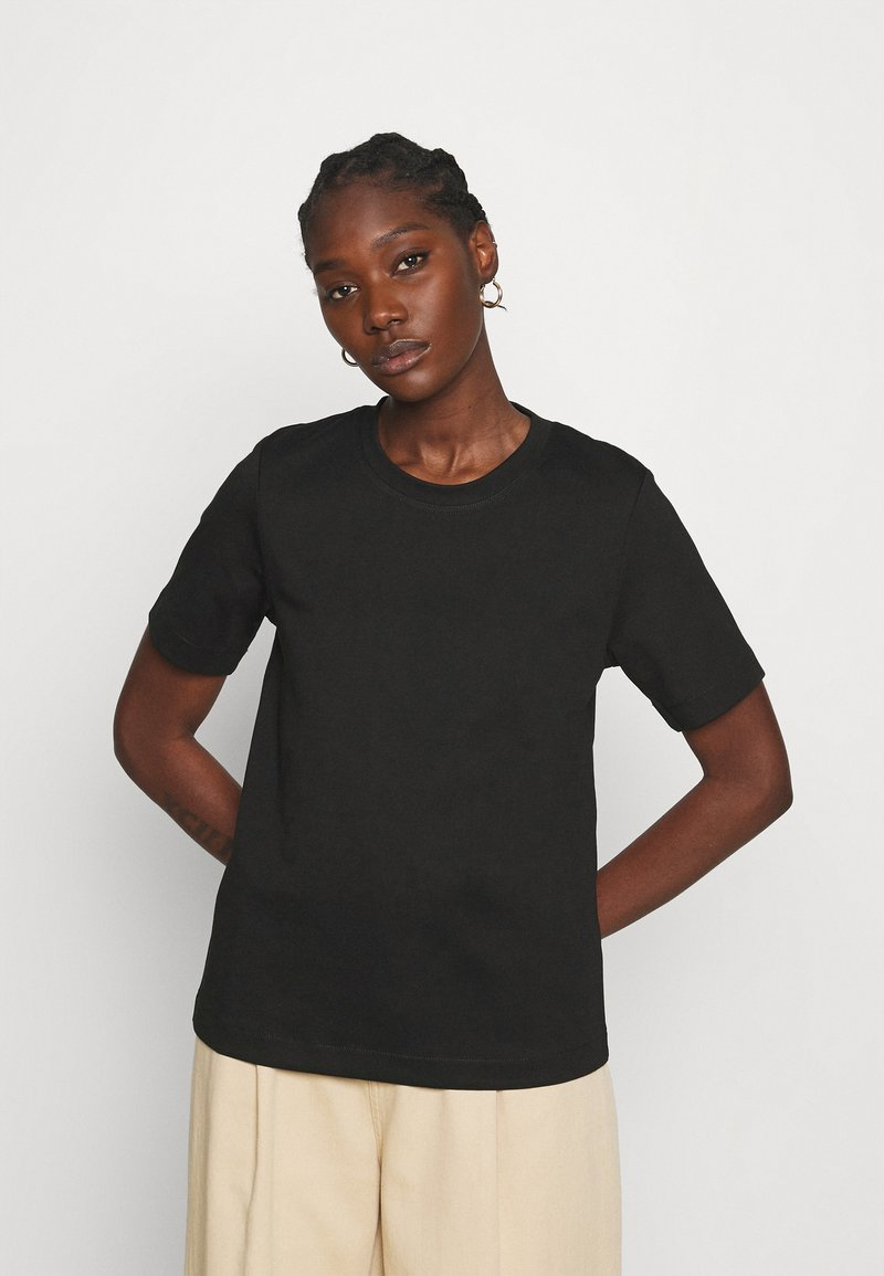 ARKET - Jednoduché triko - black
