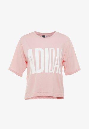 UNIV ATHLETICS SHORT SLEEVE GRAPHIC TEE - Treningsskjorter - pink