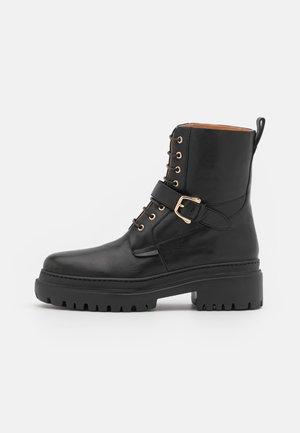 NEW COMBAT BOOT - Platform-nilkkurit - black