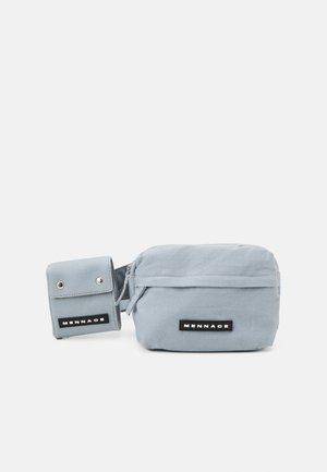 ROSEBOWL DOUBLE BELT BAG SET UNISEX - Ledvinka - blue