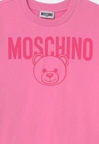 MOSCHINO - UNISEX - Sweatshirt - begonia pink - 2