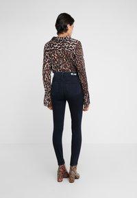 Paige - MARGOT - Jeans Skinny Fit - black lava - 2