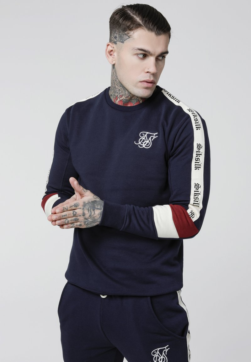 SIKSILK - RETRO PANEL TAPE CREW - Sweatshirt - navy/red/off white
