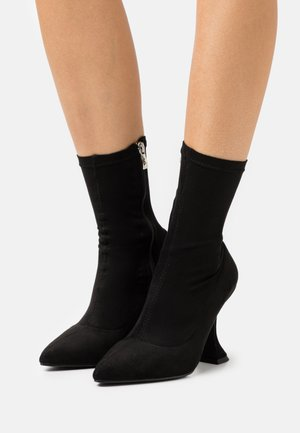 MEDISA - Classic ankle boots - black