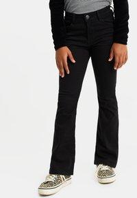 WE Fashion - Jeans Bootcut - black - 0
