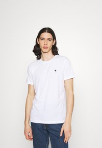 Abercrombie & Fitch - NEUTRAL CREW MULTI 5 PACK - T-shirt basic - white/yellow/green/blue/black - 6