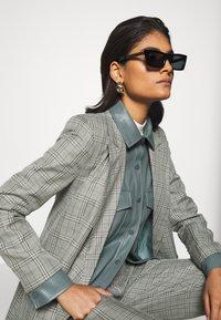 RETROSUPERFUTURE - FRED - Sunglasses - black - 3
