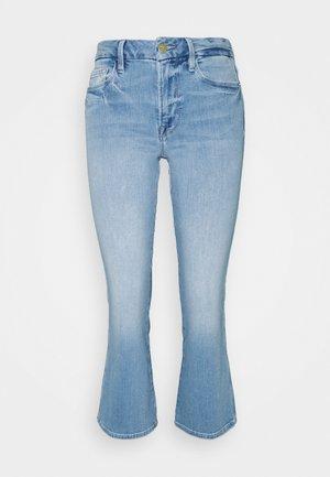 LE CROP MINI DOUBLE NEEDLE - Flared Jeans - light blue
