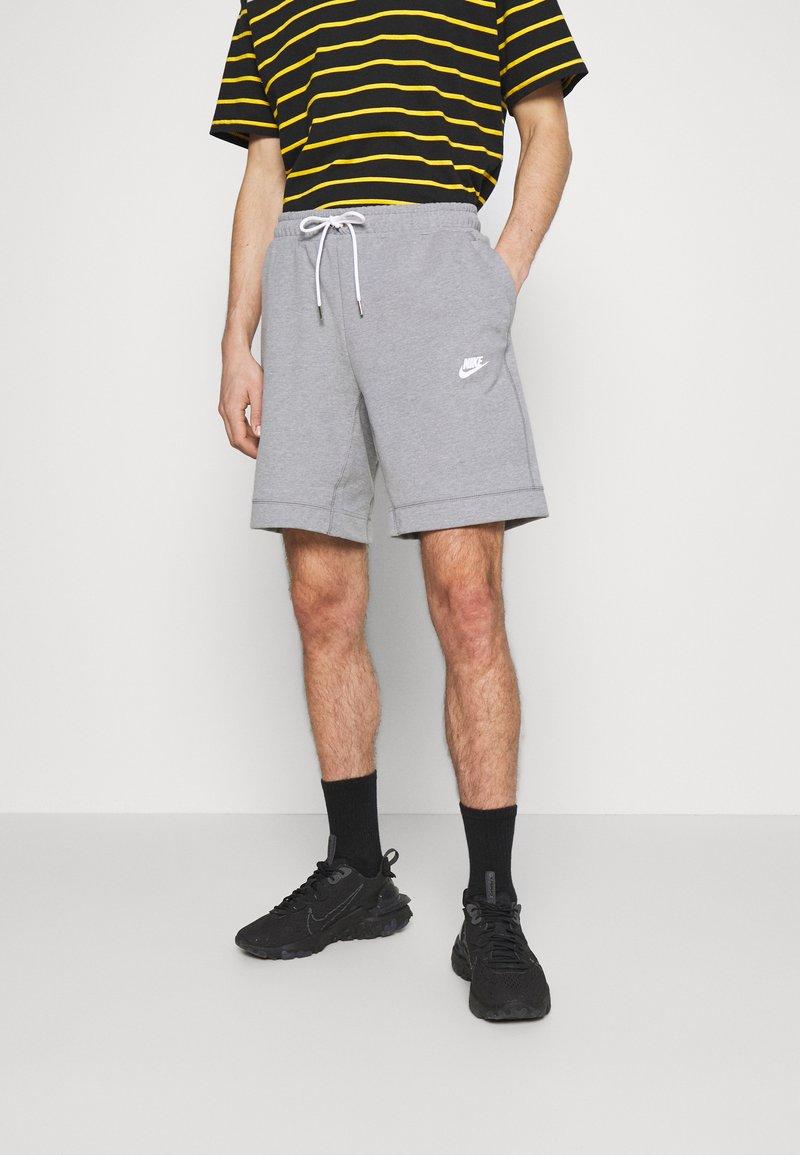 Nike Sportswear - MODERN - Kraťasy - particle grey/ice silver/white