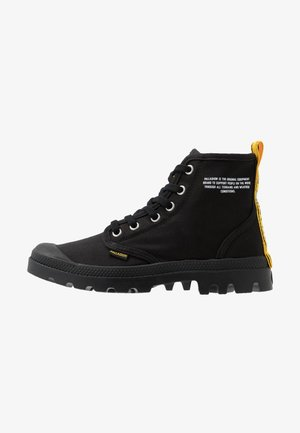 PAMPA DARE SAFETY - Lace-up ankle boots - black