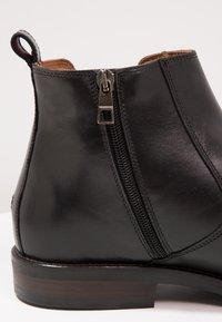 Tommy Hilfiger - DAYTONA - Classic ankle boots - black - 5