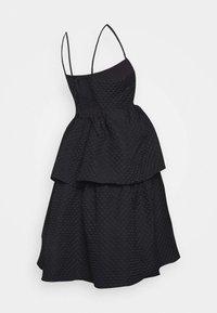 Glamorous Bloom - TIEREDWOW STRAPPY OPEN BACK DRESS - Vestito elegante - black - 1