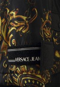 Versace Jeans Couture - OUTERWEAR - Parka - black/gold - 6
