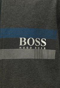 BOSS - AUTHENTIC - veste en sweat zippée - dark grey - 5