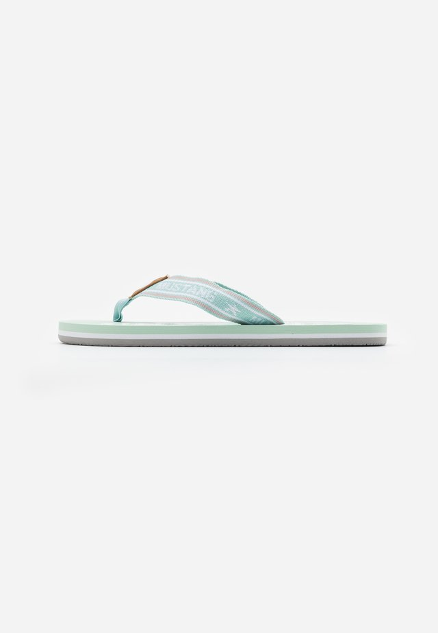 Sandály s odděleným palcem - mintgrün
