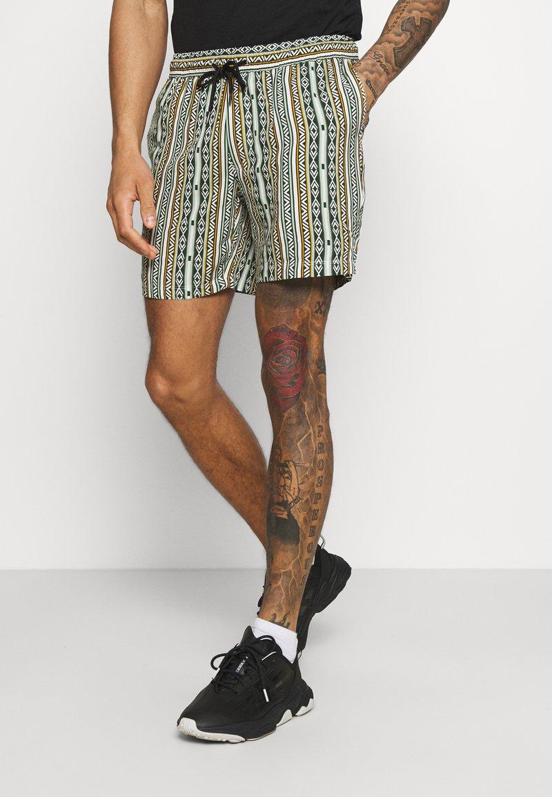 Redefined Rebel - ELIAN - Shorts - thyme