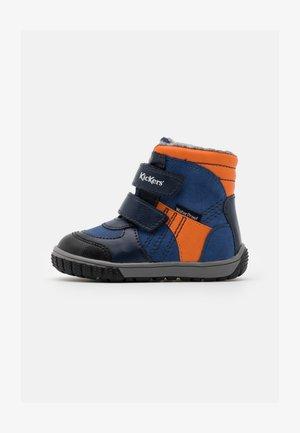 SITROUILLE WPF - Winter boots - bleu/orange