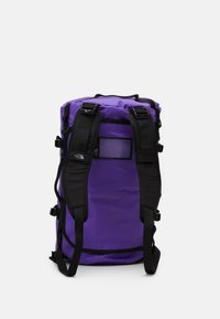 The North Face - BASE CAMP DUFFEL S UNISEX - Sports bag - peak purple/black - 4