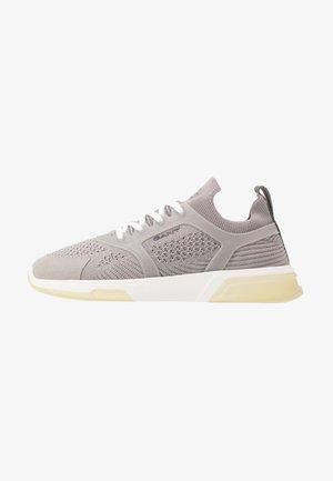 HIGHTOWN - Sneakers - sleet grey