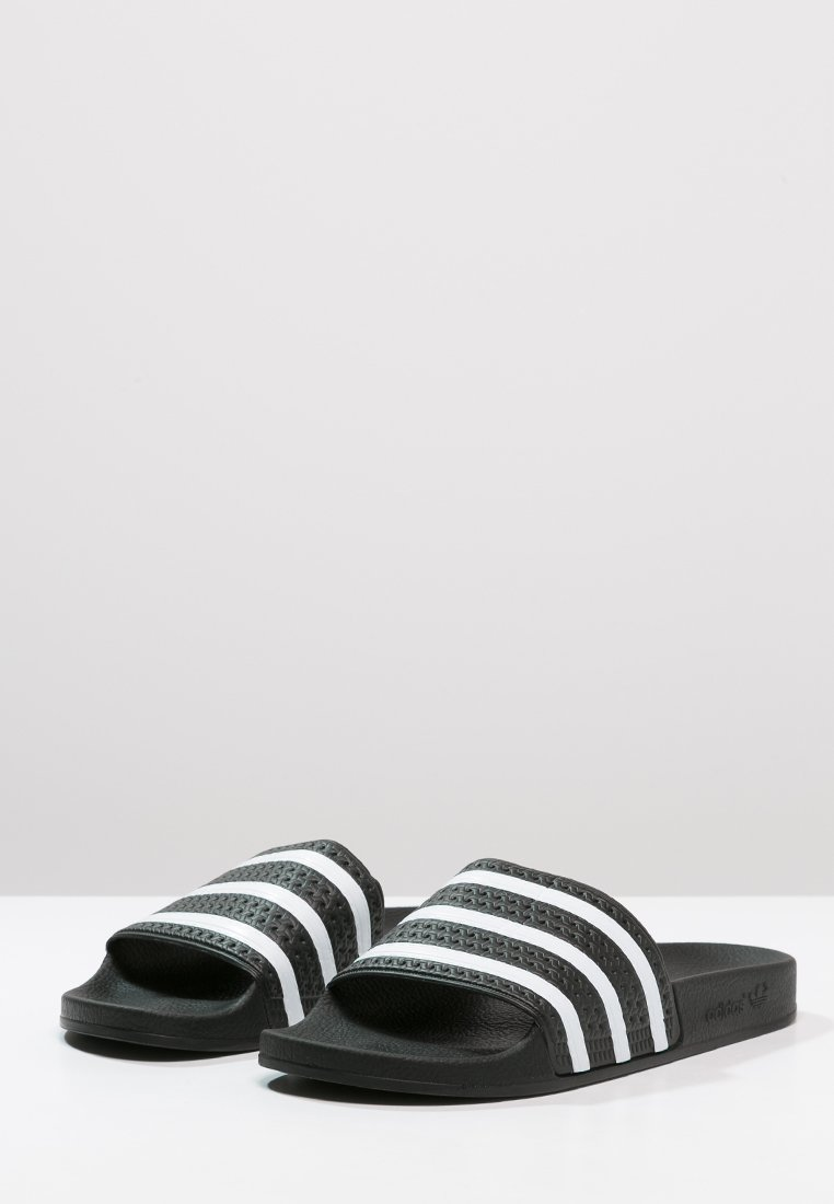 Scarpe da donna adidas Originals ADILETTE Sandali da bagno black/white