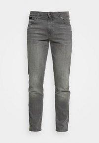 TEXAS - Slim fit jeans - funk grey