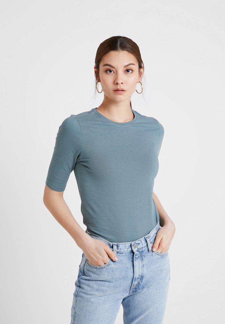 KIOMI - Basic T-shirt - petrol