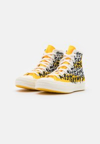 Converse - CHUCK 70 MY STORY - Sneakers high - egret/amarillo/black - 3