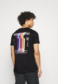 YOURTURN - UNISEX - T-shirt imprimé - black - 0