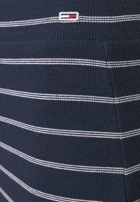 Tommy Jeans - LONG BODYCON STRIPES SKIRT - Pencil skirt - twilight navy - 5
